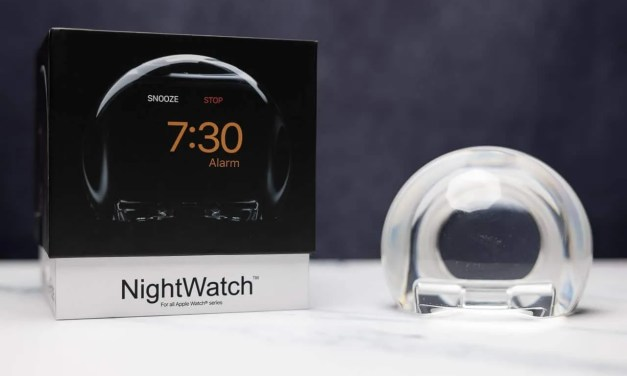 NightWatch Apple Watch Dock REVIEW Magnify Your Watch Screen to make a Bedroom Clock