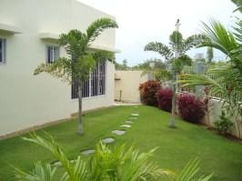 Cordova-house-262-lawn-view3