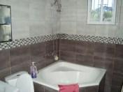 Cordova-house-262-masterbathtub