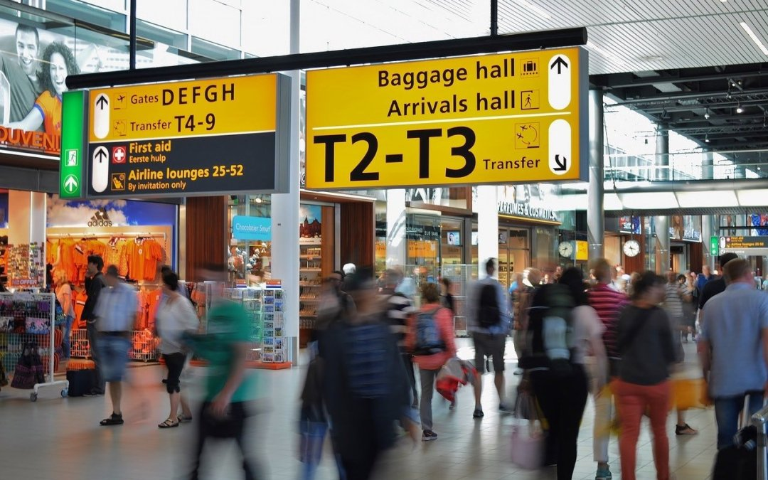 Find Your Way around Airports and Malls with the Maps App