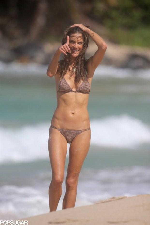 Alessandra-Ambrosio-Bikini-St-Barts-Pictures-4