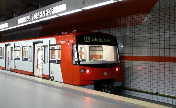 dt3_hauptbahnhof_tb