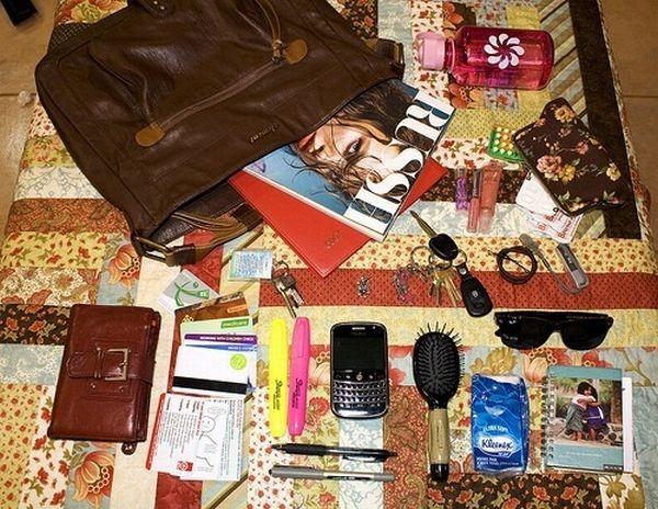 handbag-content_22