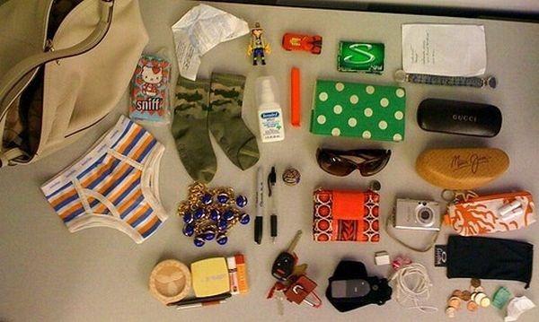 handbag-content_42