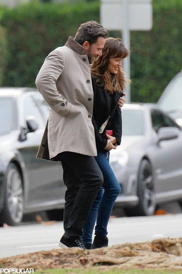 Ben-Affleck-Jennifer-Garner-PDA-2014-Pictures-2