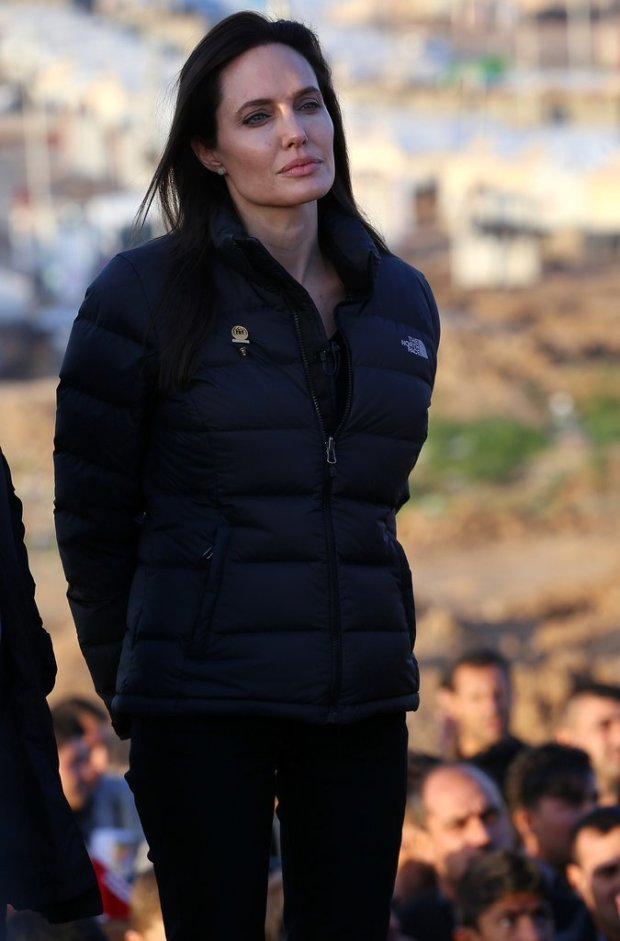Angelina-Jolie-Refugee-Camp-Iraq-January-2015
