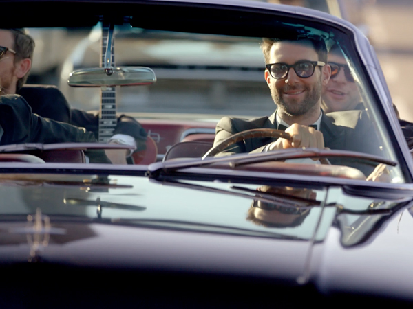 maroon-5-sugar-video-stills-1