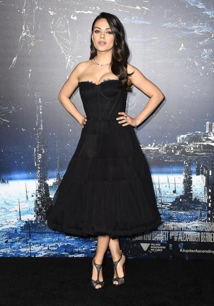 Mila-Kunis-LA-Premiere-Jupiter-Ascending6