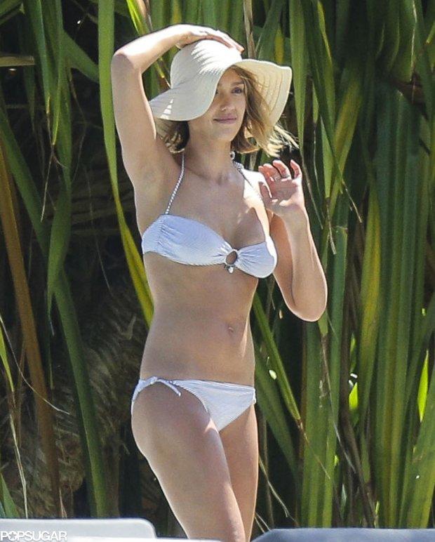 Jessica-Alba-Bikini-Pictures-Spring-Break-1