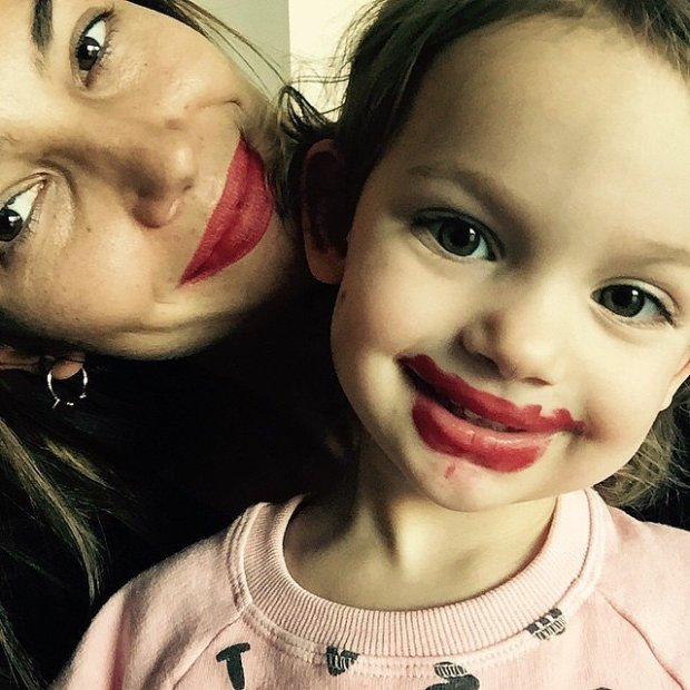 Lily-Dixie-showed-off-matching-red-lips-March-2015