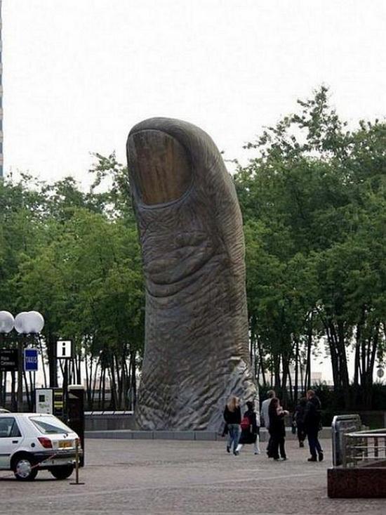 Weird_Monuments_15