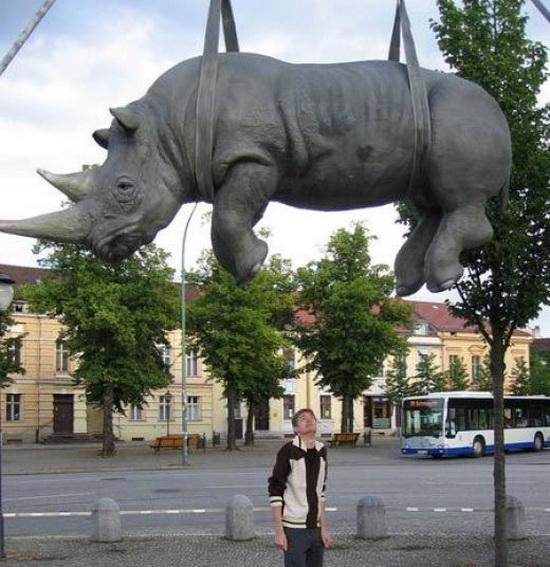 Weird_Monuments_9