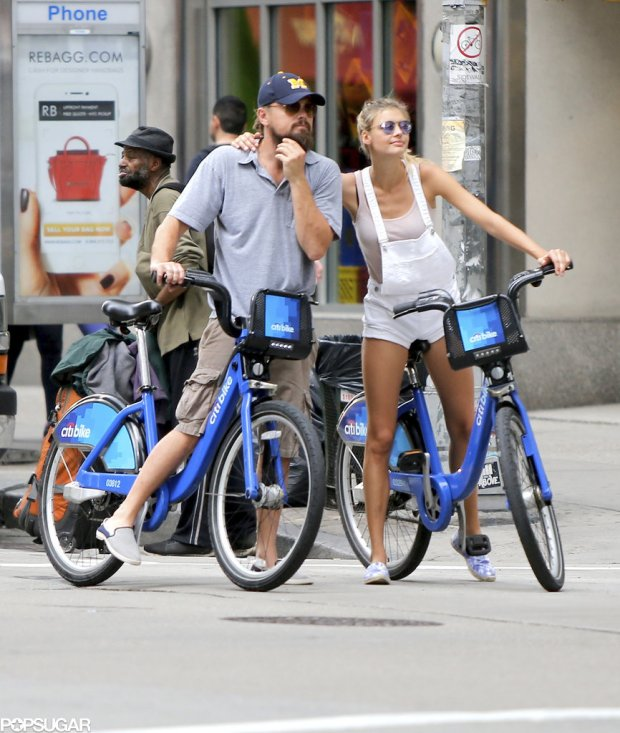 Leonardo-DiCaprio-Kelly-Rohrbach-Riding-Bikes-PDA-2