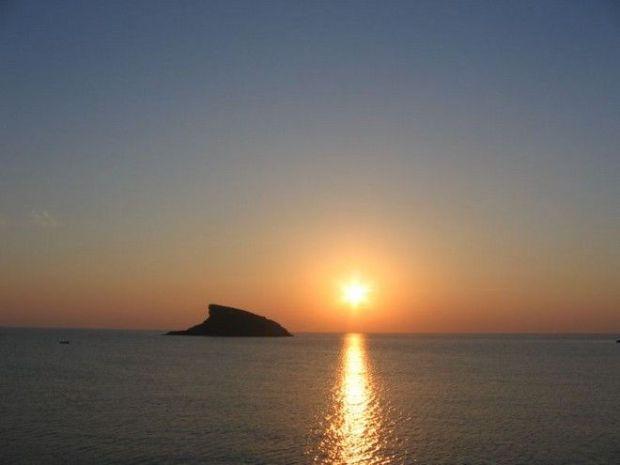 Strongylo_Syros.