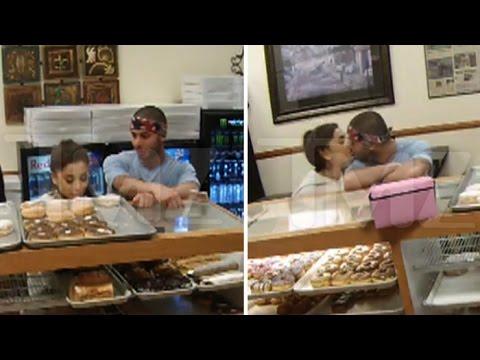 Πάει ο Big Sean! Δείετ τα καυτά φιλιά της Ariana Grande με τον νέο της σύντροφο!