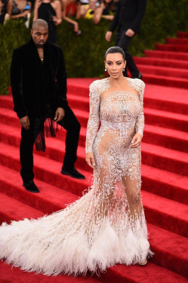 Pictures-Kanye-Wefffst-Checking-Out-Kim-Kardashian