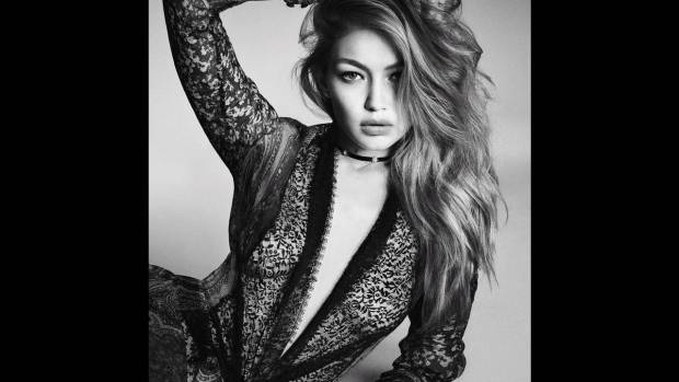 Gigi-Hadid-Vogue-Japan-2016-Cover-Photoshoot14