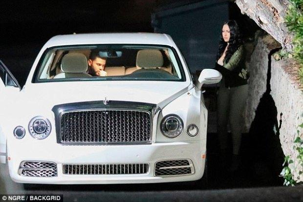 The Weeknd με μια νέα κοπέλα