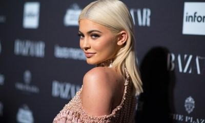 Kylie Jenner έγινε ξανθιά