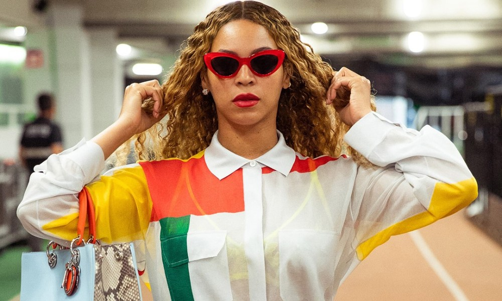 Beyonce φόρεσε φόρεμα Έλληνα σχεδιαστή
