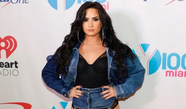 Demi Lovato πήρε εξιτήριο