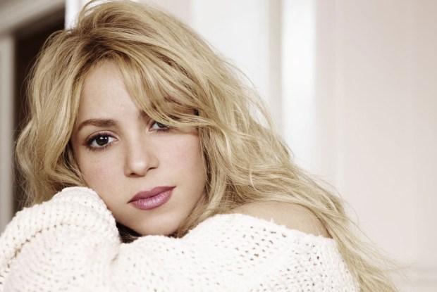 Η Shakira τιμά τη μνήμη του Gabriel García Márquez