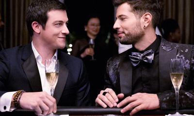 Δυναστεία gay φιλί λογοκρισία