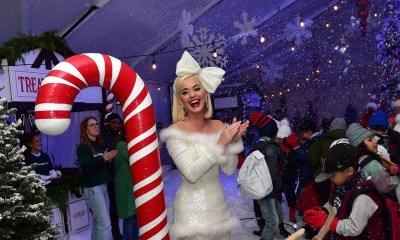 Η Katy Perry σε ρόλο μαμάς και θείας φέτος τα Χριστούγεννα