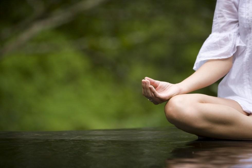 Yoga postura de meditación