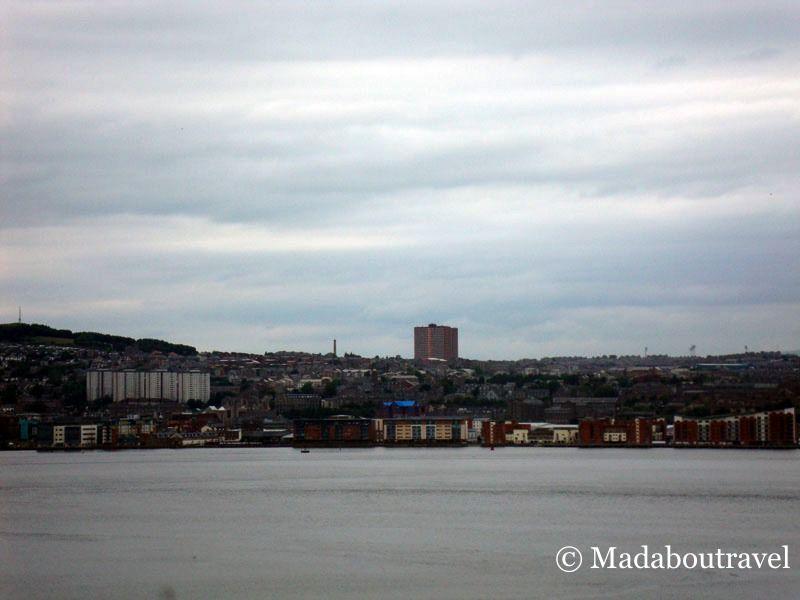 Demolición de los bloques de pisos de Hilltown en Dundee