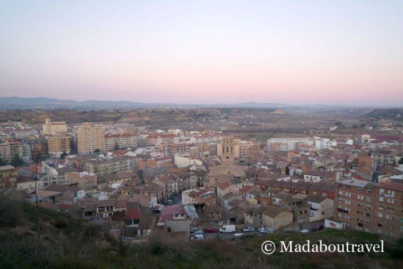 Vistas de Monzón desde el castillo al atardecer