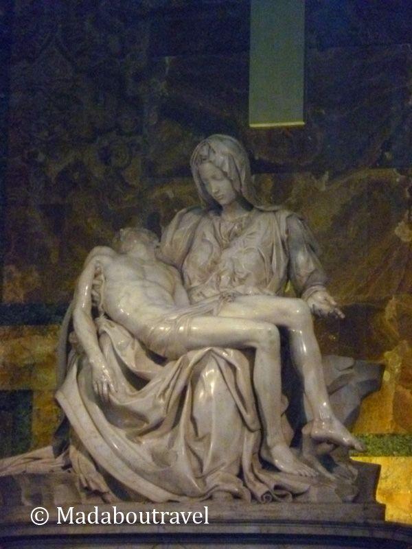 La Piedad de Miguel Ángel en San Pedro del Vaticano