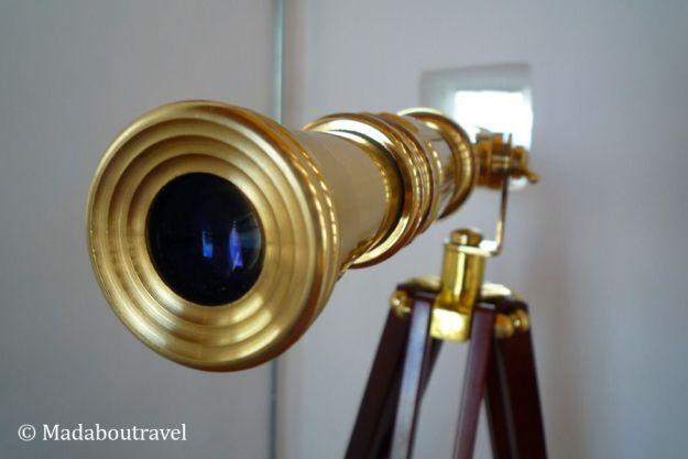 Telescopio en el interior de la torre del telégrafo de Montornès del Vallès