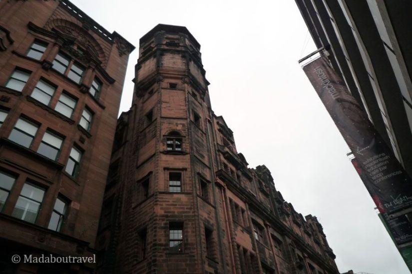 Una perspectiva del faro de Mackintosh en Glasgow