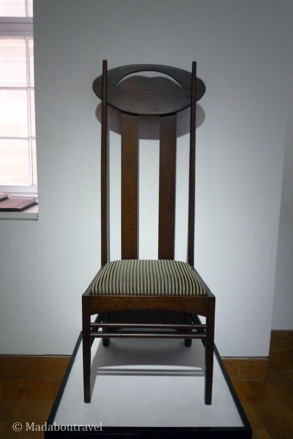 Una de las famosas sillas de Mackintosh