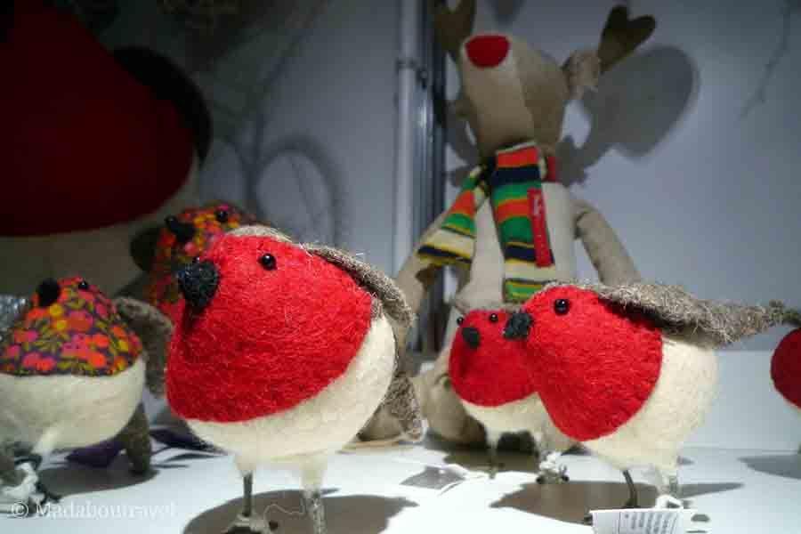 Petirrojos de fieltro en el mercado de Navidad de Hopetoun House