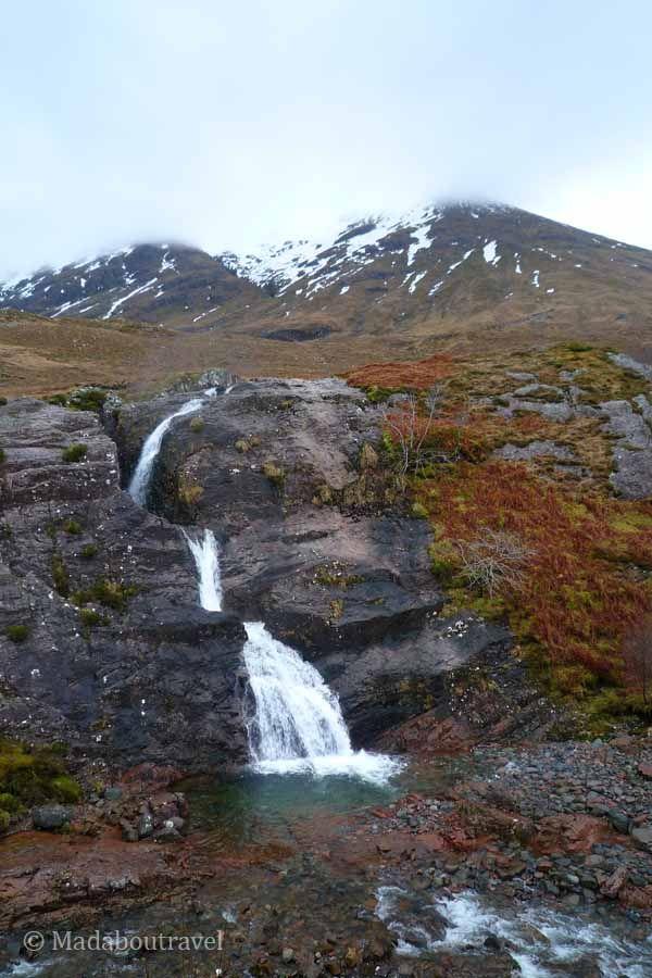 Una cascada en Glencoe
