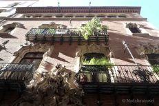 Edificios modernistas en el Barrio Gótico de Barcelona