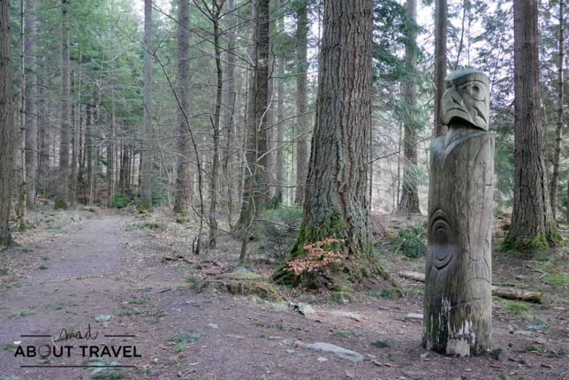 Totem en el Hermitage de Dunkeld