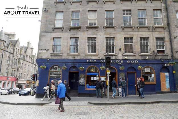Tour Outlander - Pub the World's End Edimburgo