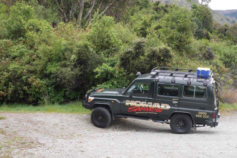 4x4 de Nomad Safaris en Twelve Mile Delta Nueva Zelanda