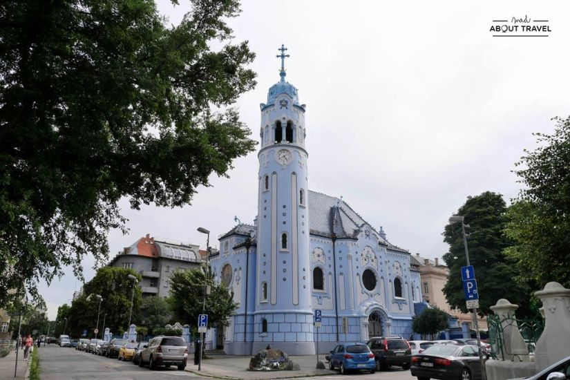 que ver en bratislava - iglesia azul