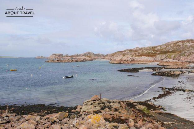 playa de fionnphort en la isla de mull