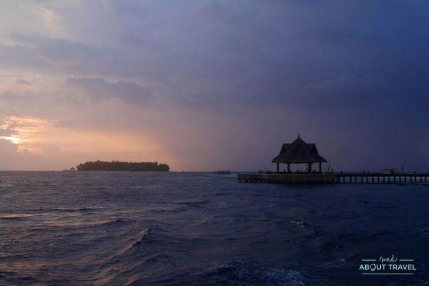 crucero al atardecer resort banyan tree vabbinfaru