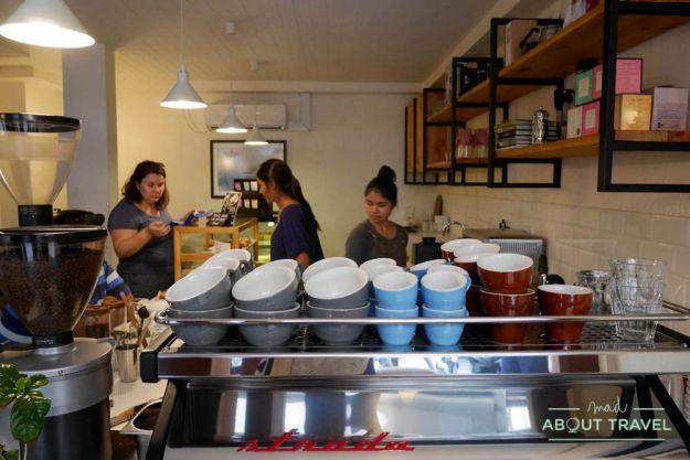 donde comer en male: civil coffee society