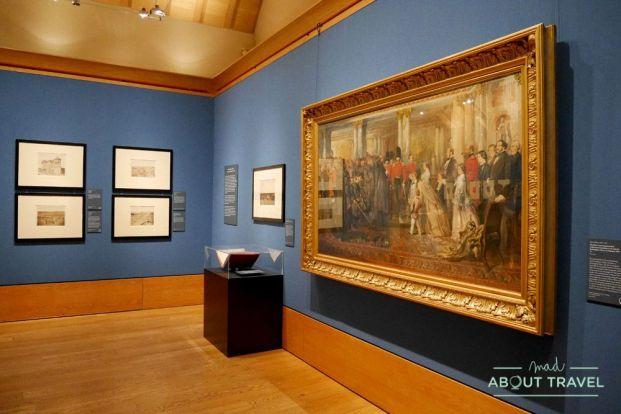 queen's gallery en el palacio de holyroodhouse en edimburgo