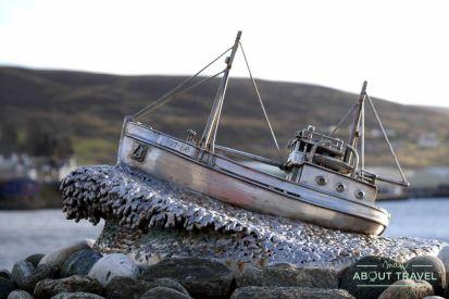 que ver en Shetland - Shetland Bus memorial