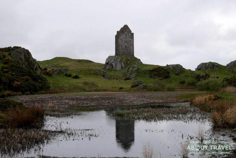 torre de smailholm, borders de escocia