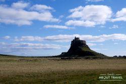 castillo de lindisfarne en Northumberland