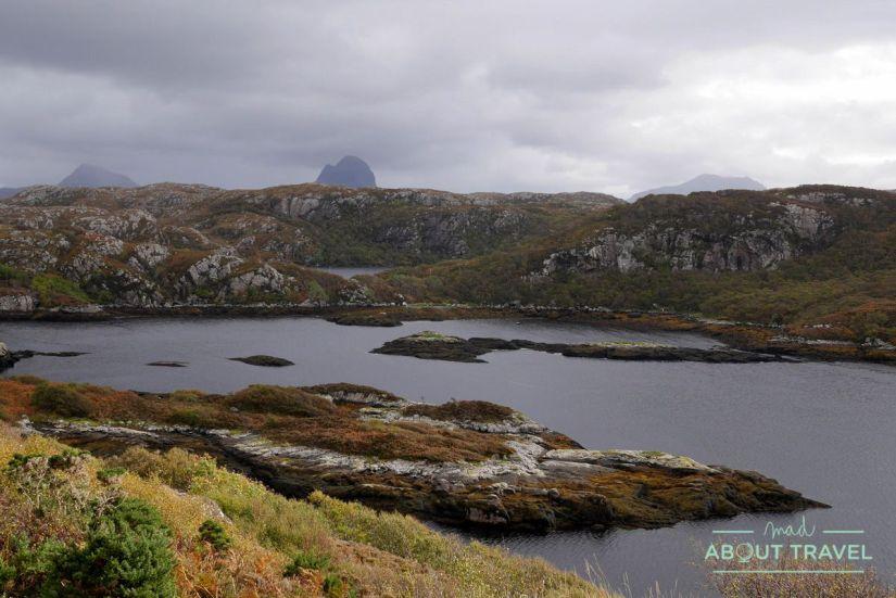 vistas al monte Suilven, Escocia
